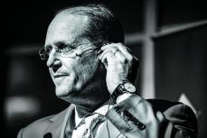 Delta CEO'suyla İflas Etmiş Bir Havayolu Şirketini İnovatif Düşünceyle Diriltmek Üzerine